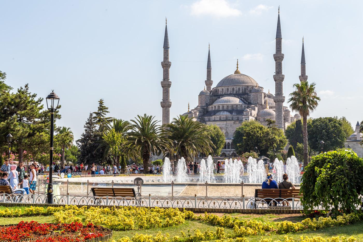 Blue Mosque (Sultanahmet) - Bold Travel