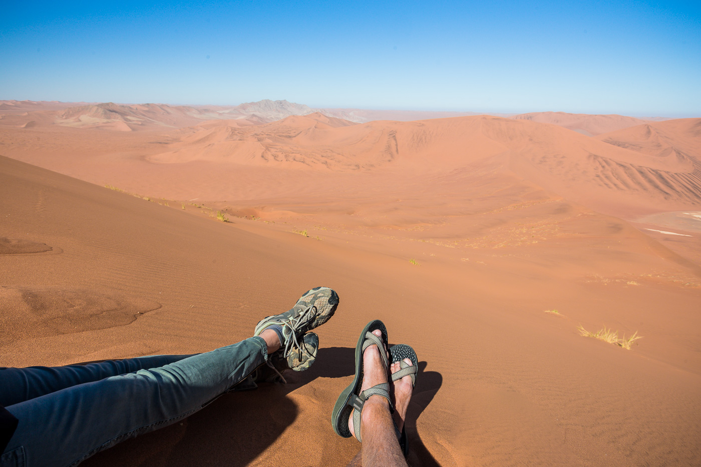 Namibia Self Drive Safari additionally Beautiful Sea And Mountain together with Container crane additionally Yamaha Vc7sg Violoncello P 28721 moreover Mitacs. on car light top