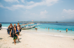Heading to the boat for another day of diving on Gili Air with 3WDive
