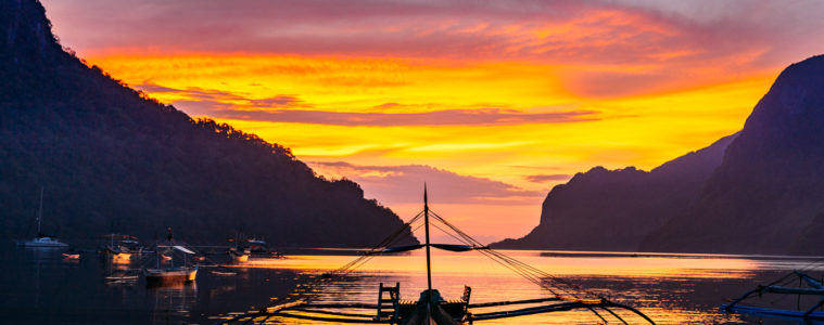 Scuba diving the world's most beautiful island El Nido Palawan Philippines